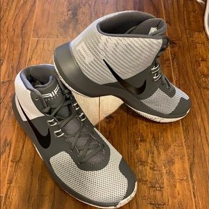 New Men's Nike Air Precision